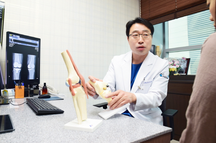 퇴행성 관절염 환자의 딜레마, '운동' 해도 되는 걸까?